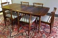 Mid-Century Modern Dining Table and 6 Chairs Mid Century Modern