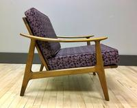 Modern Beautiful Danish Lounge Chair w/ New Cushions & Straps