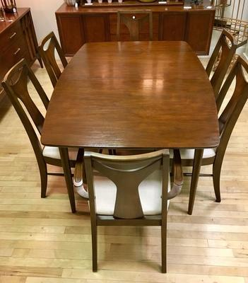 Kent-Coffey Perspecta Dining Set